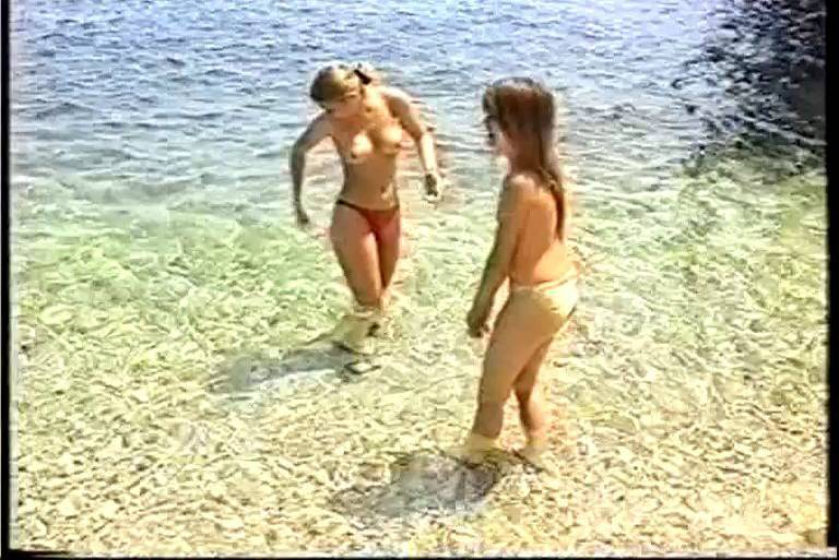 Naturist Videos Holiday for Girls - 2