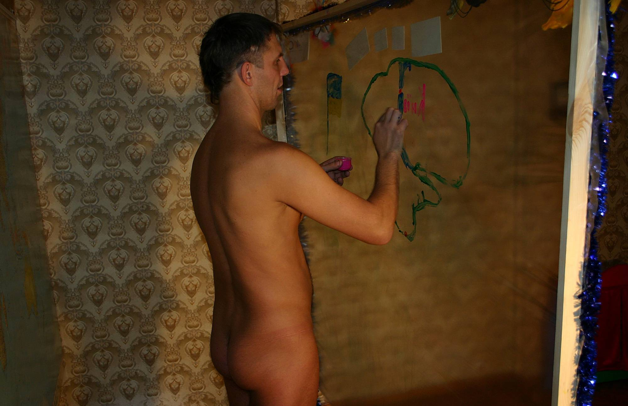 Nudist Photos Finger Painting Experts - 2