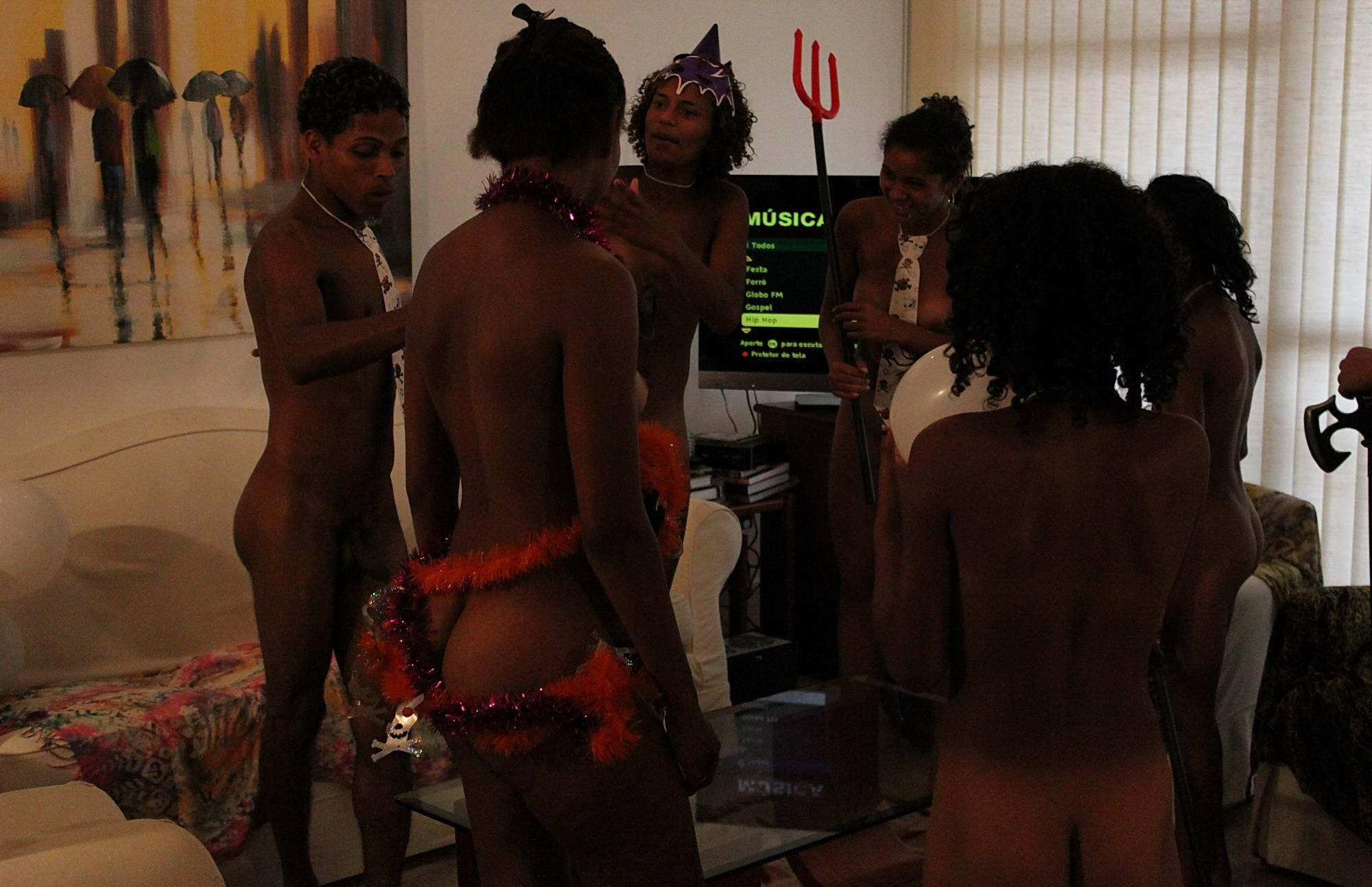 Nudist Pics Fun Apartment Activities - 2