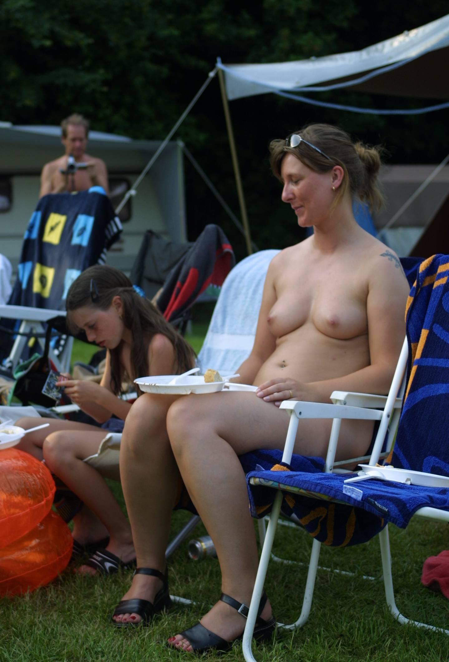 Nudist Photos Holland Dinning Profiles - 2
