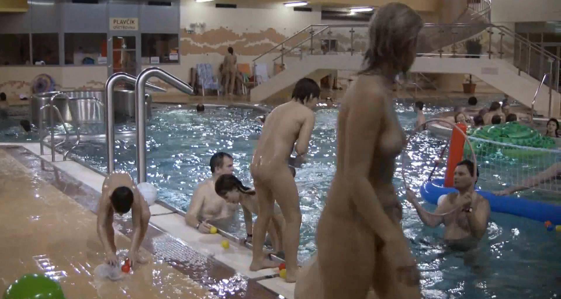 Nudist Movies Indoor Water Runners 1 - 2