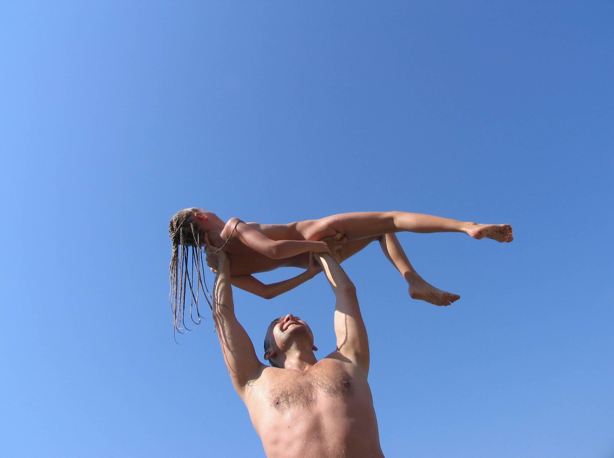 Nudist Pictures Mother-Daughter Waters - 1
