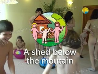 A shed below the mountains - Naturist Freedom