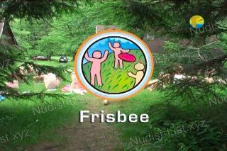Frisbee - Naturist Freedom