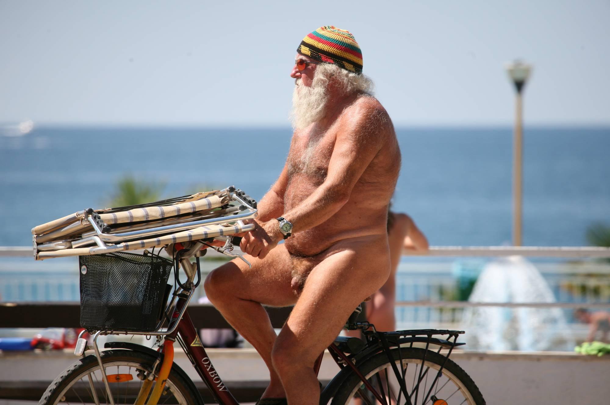 Nora FKK Outdoor Biking - 2