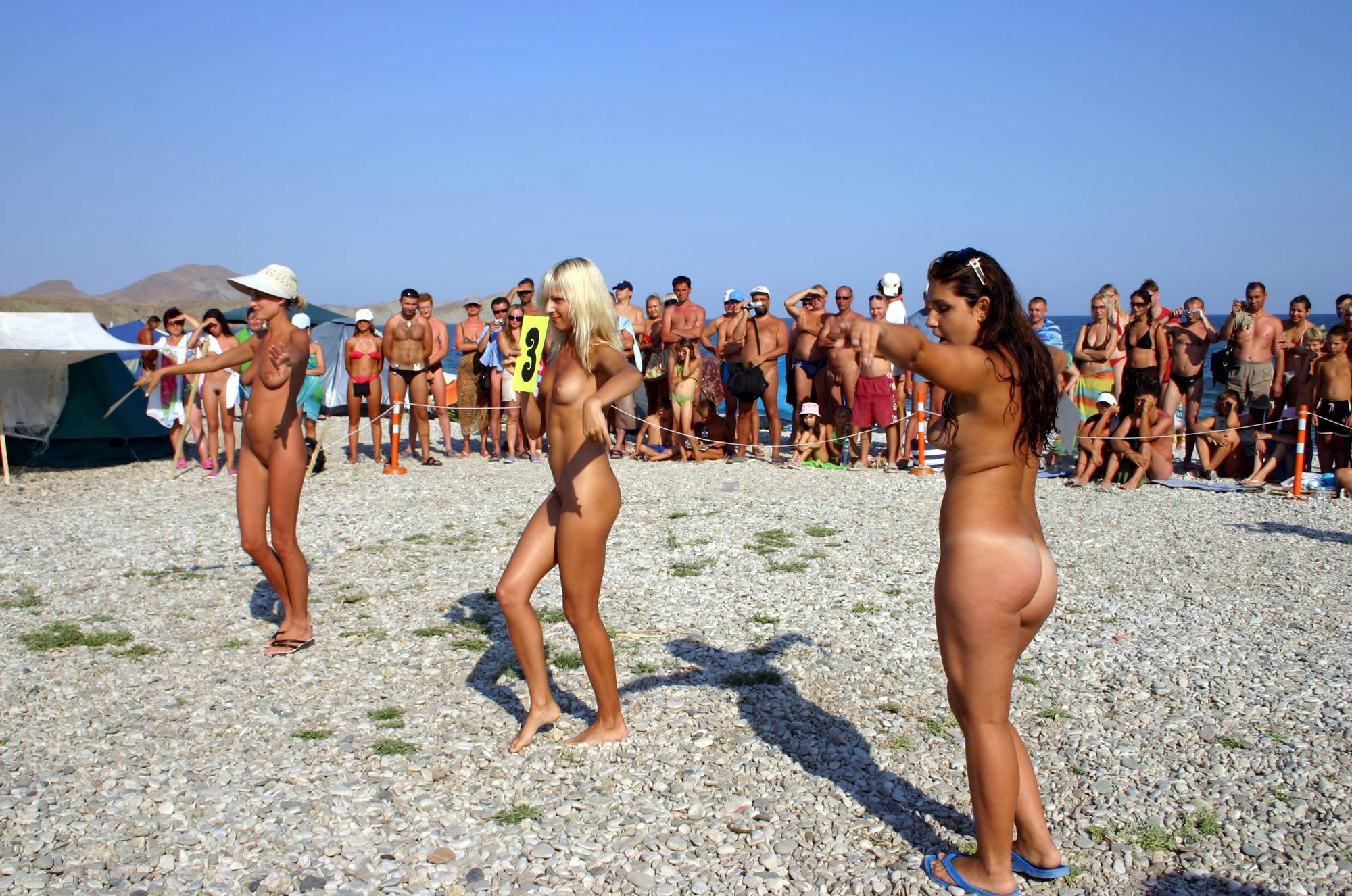 Nudist Photos Beach Rope Pull Fighting - 1