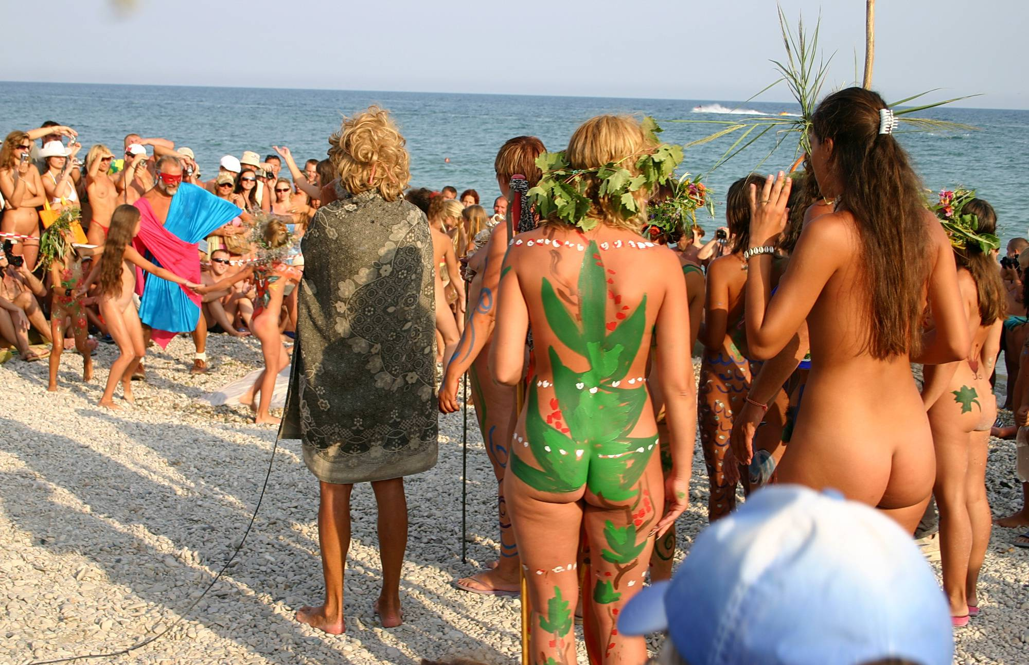 Nudist Pictures Grown Up Beach Dancers - 2