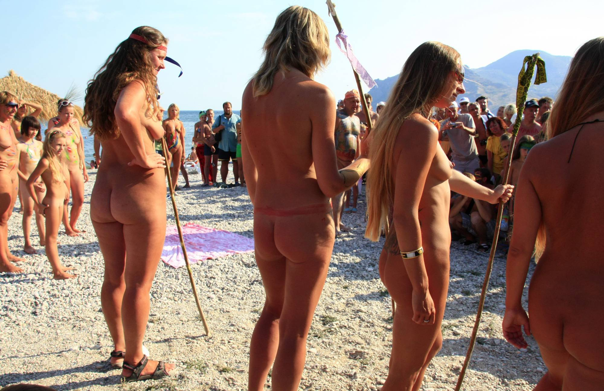 Neptune Nudist Wall Form - 2