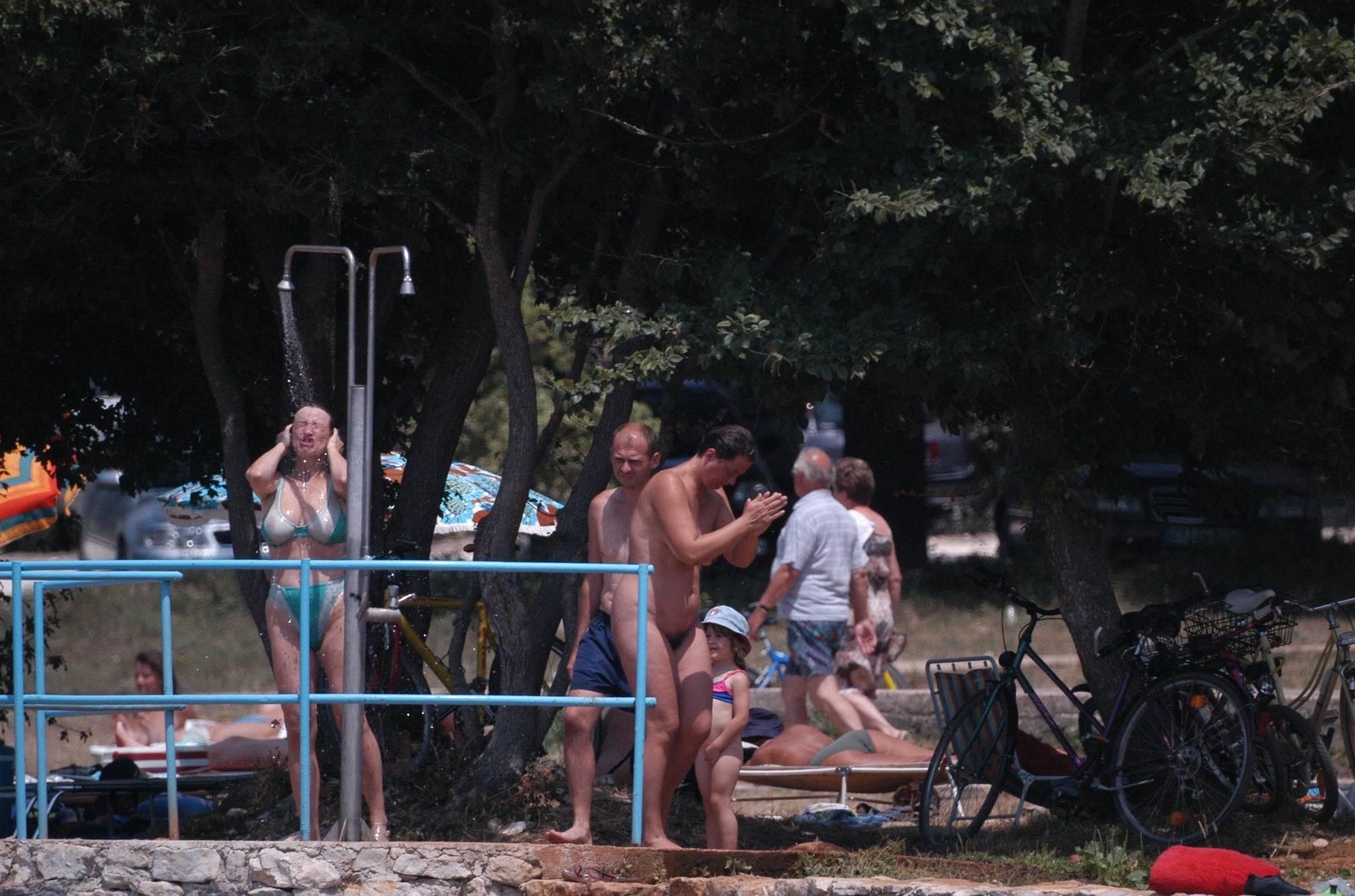 RovinJ Shorefront Shower - 1