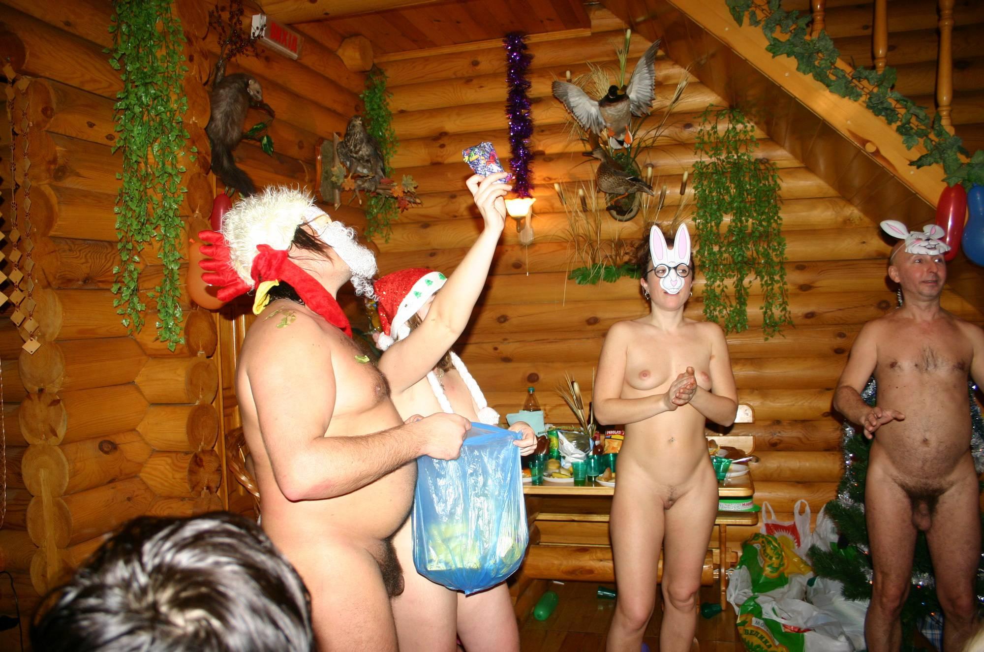 Nudist Pictures Kiev Masquerade Huddle - 1