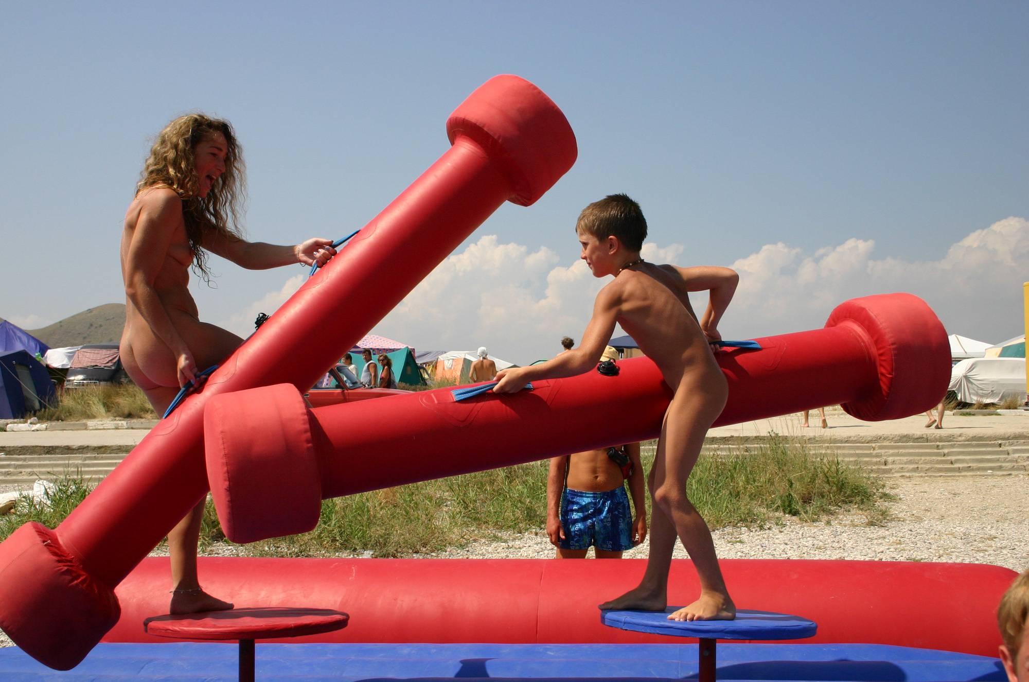 Nudist Gallery Naturist Family Gladiators - 2