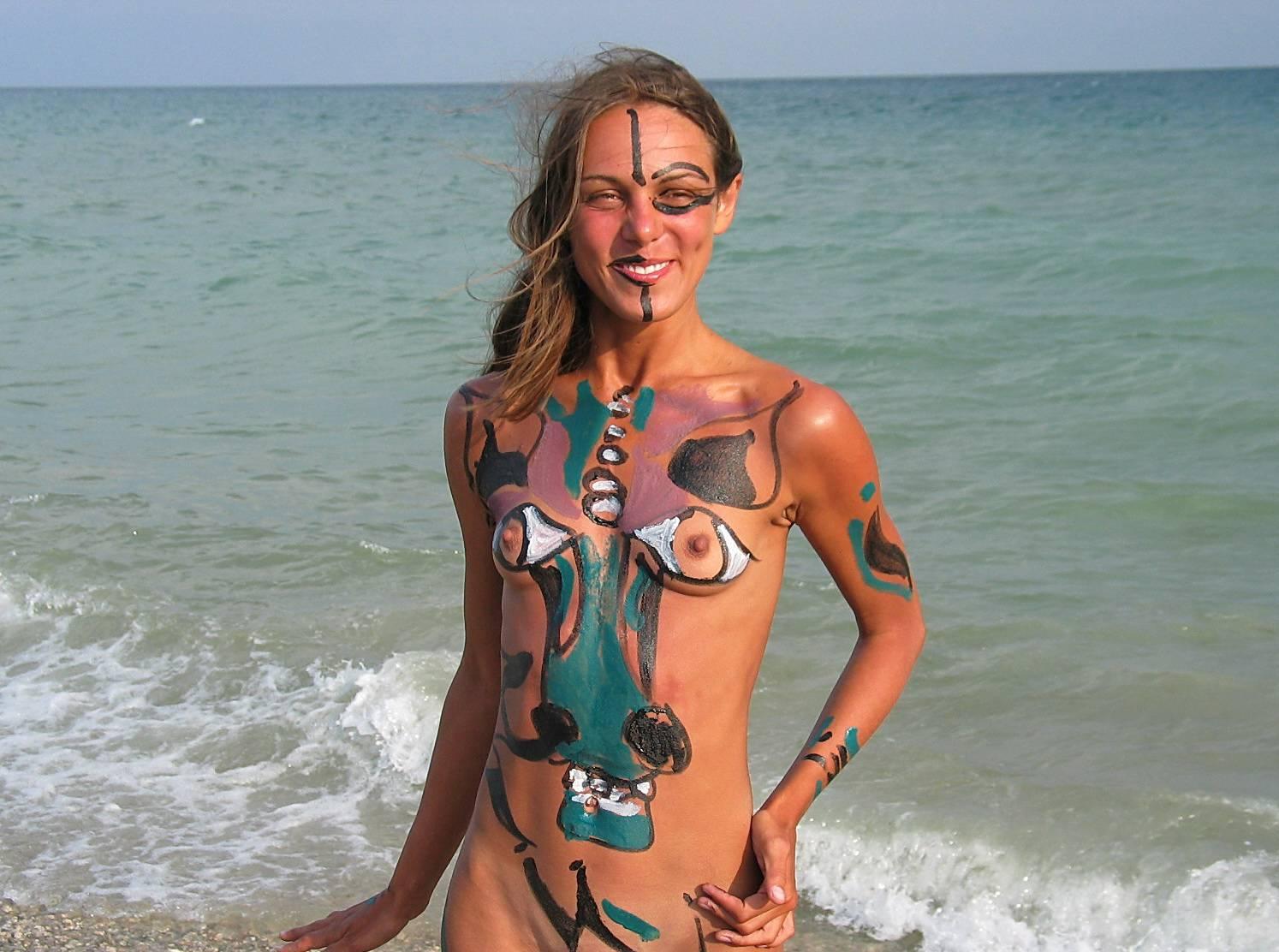 Seaside Soothing Violinist - 1