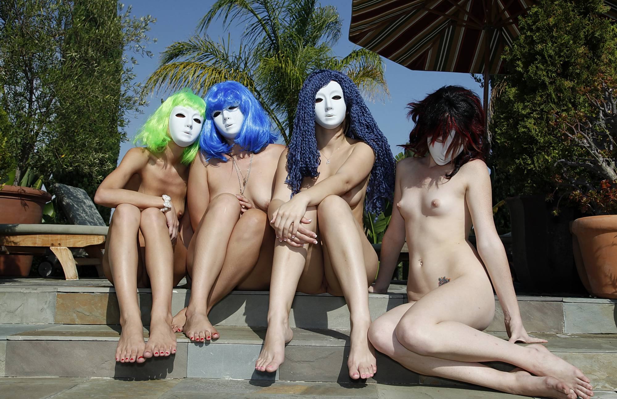 Nudist Photos Such Colorful Hair Styles - 2