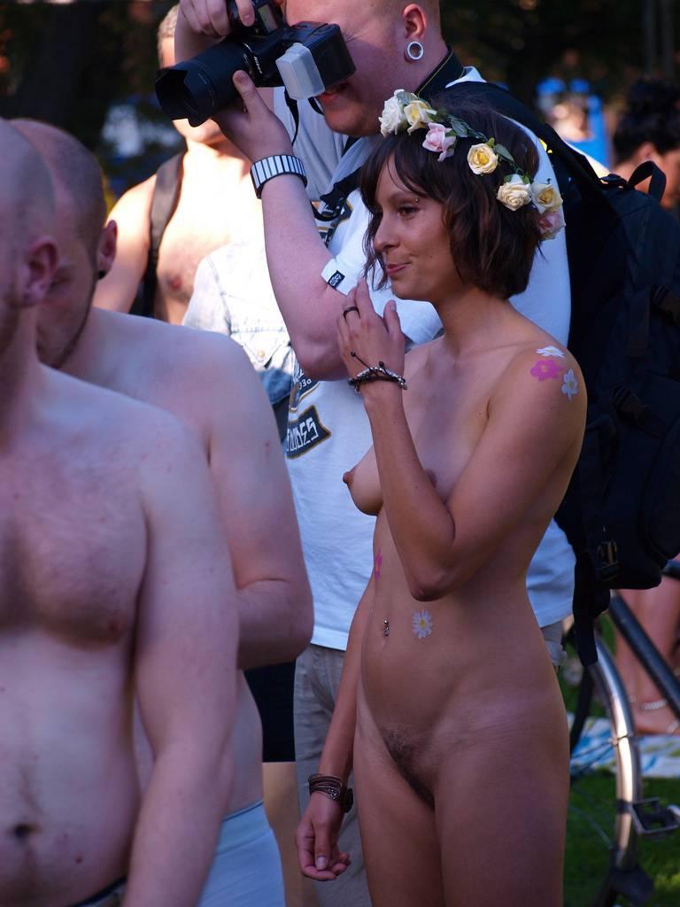 World Naked Bike Ride (WNBR) 2011 - 1